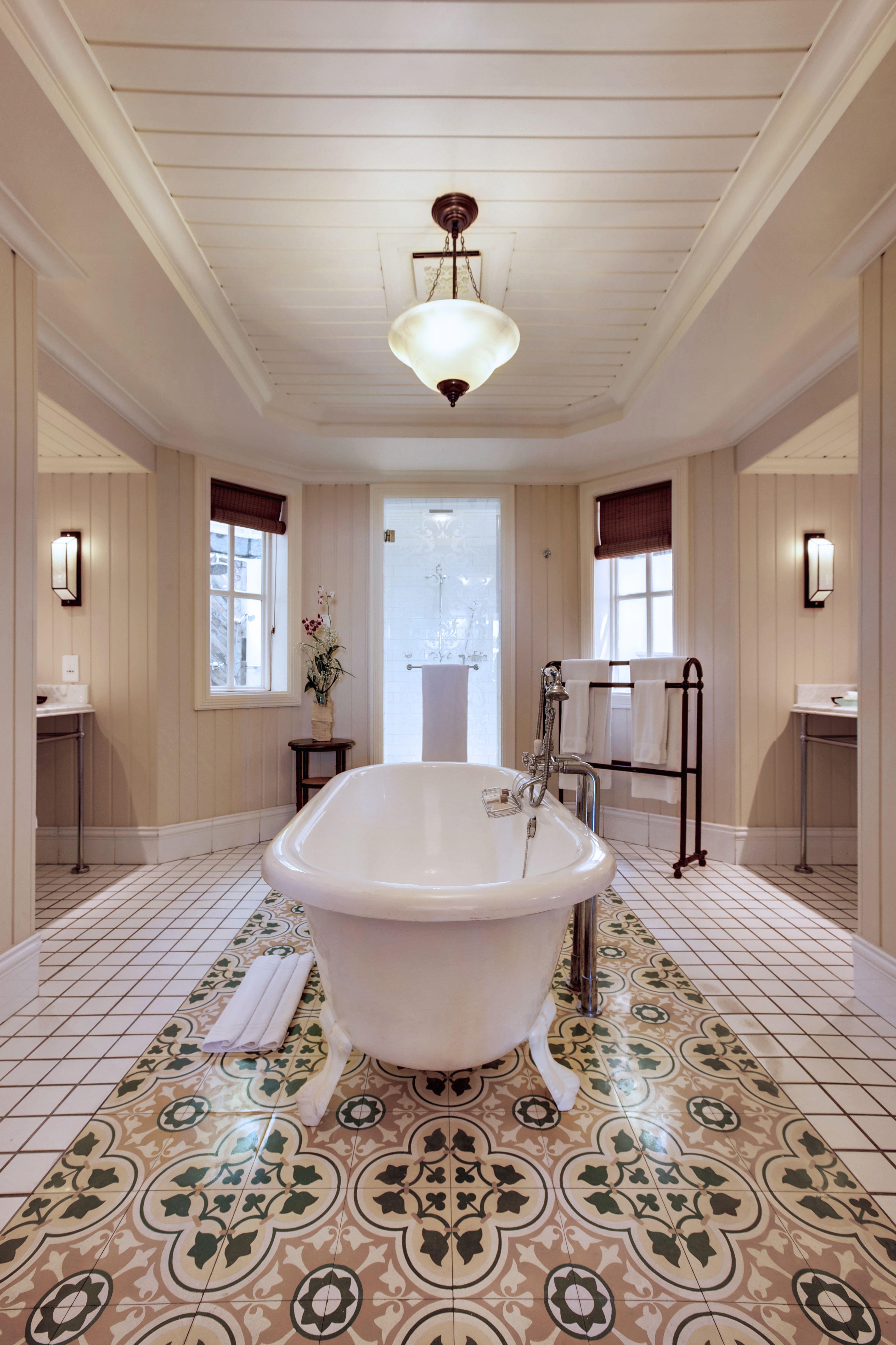 The bathroom, the Ocean suite beachfront of Heritage Le Telfair Golf & Spa in Mauritius.  #hotel #resort #Mauritius