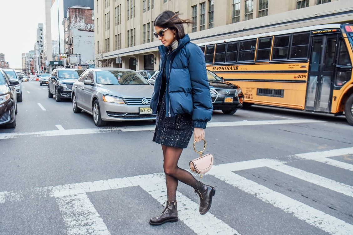 On the go – Leandra Medine Cohen of Man Repeller accessorised her urban #NYFW look with the jewel-like Nile bag #chloeGIRLS