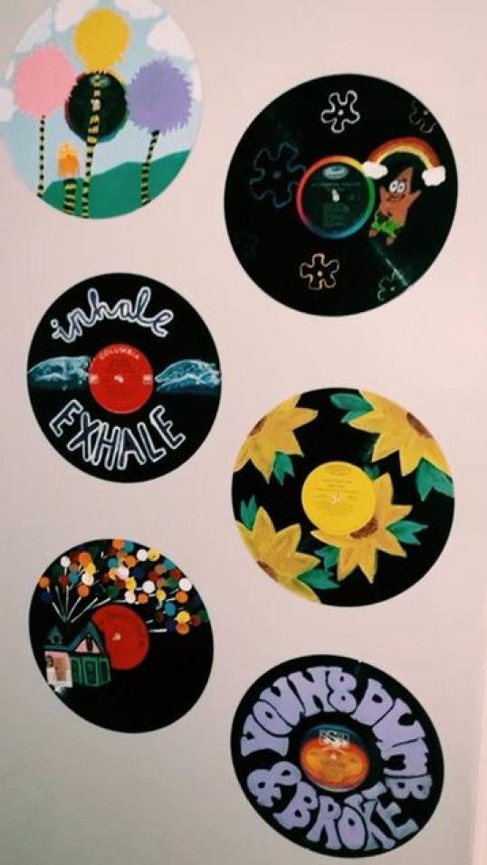 Follow Me On Vsco Cierra Elizabeth05 Music Music Tumblr In 2020 Vinyl Art Paint Record Wall Art Vinyl Record Art Ideas
