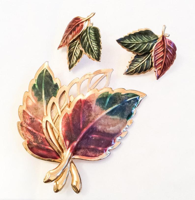 handmade demi parure set copper enameled jewelry vintage green demi parure set Vintage Leaf Brooch and Earrings Set  pierced earrings