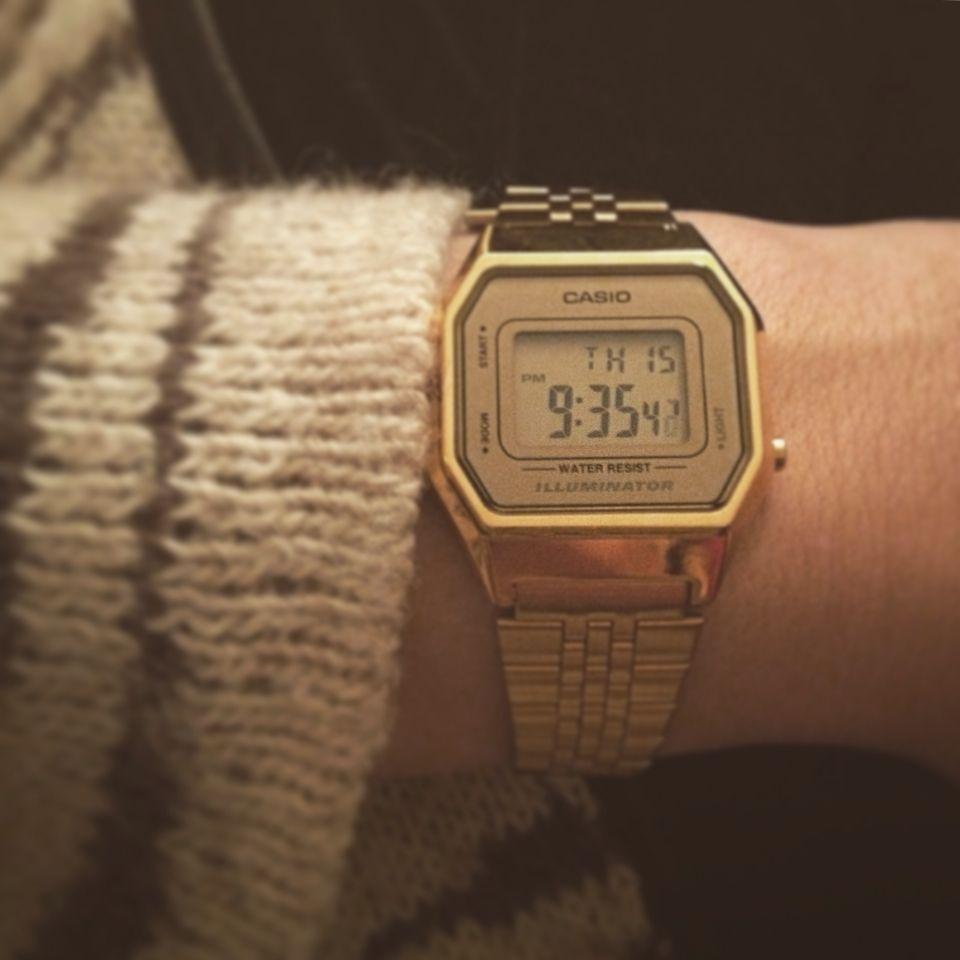 Montre Casio Couleur Or destiné montre casio or femme classe & chic simple | me | pinterest | montre