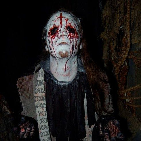 19 Terrifying Haunted Houses You Should Experience Before You Die