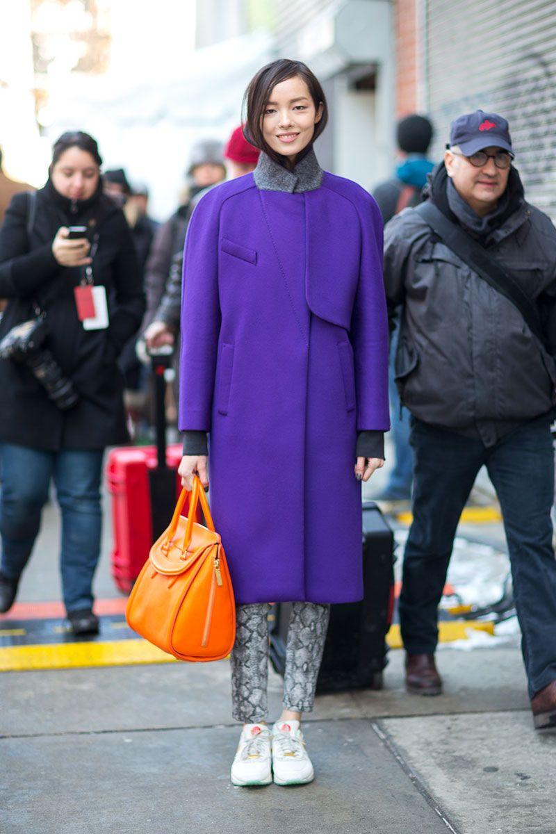 Kaunis takki, upean värinen.