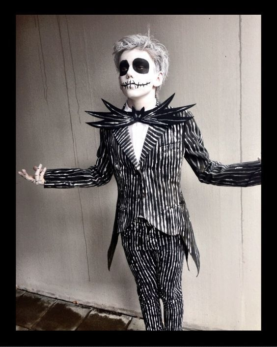 DIY Nightmare Before Christmas Jack Skellington Costume #halloweencostumesformen