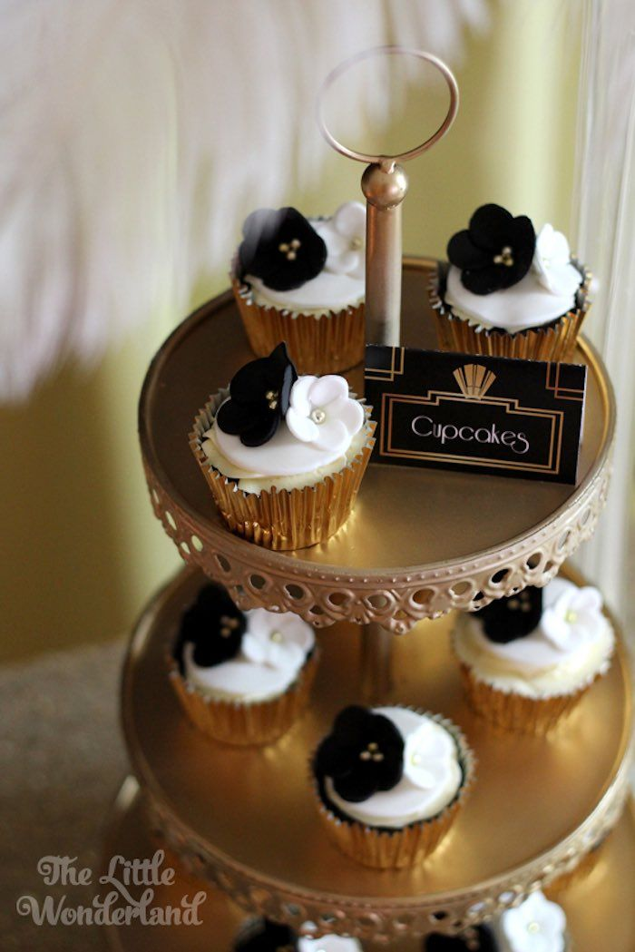 wedding cakes cupcakes pictures great gatsby birthday 21st 24131