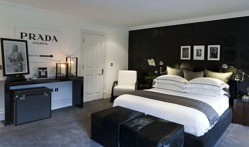 Attractive Bachelor Bedroom In London.