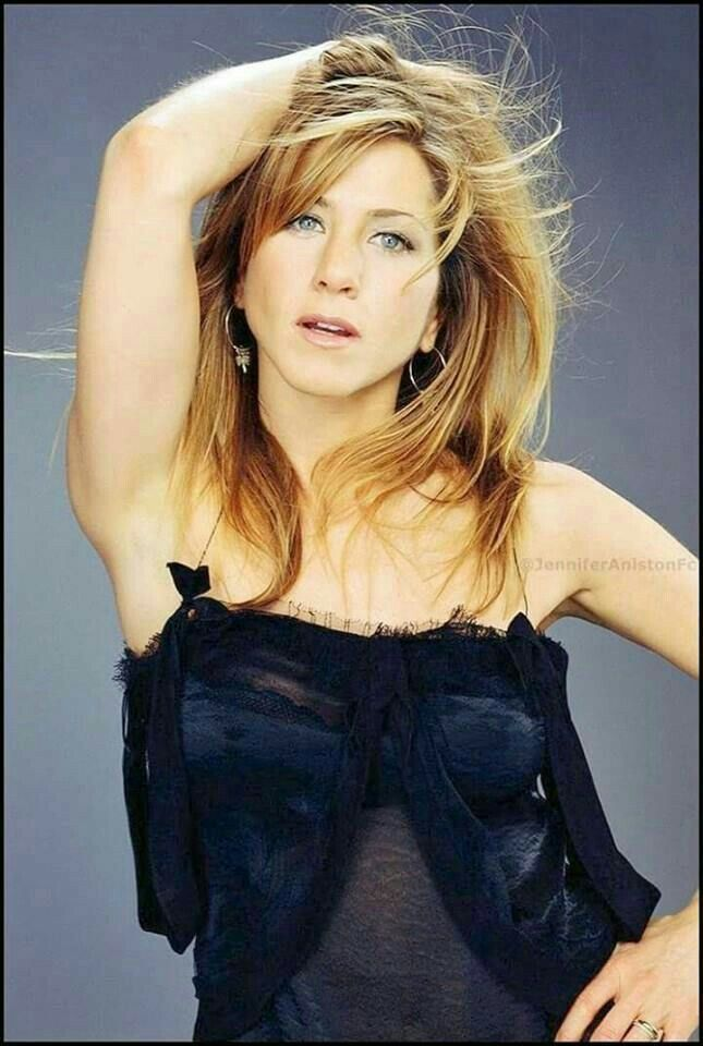 Pin By Tulay Danyal On Jennifer Aniston Pinterest Jennifer Aniston Sexy Stockings And Absolutely Stunning