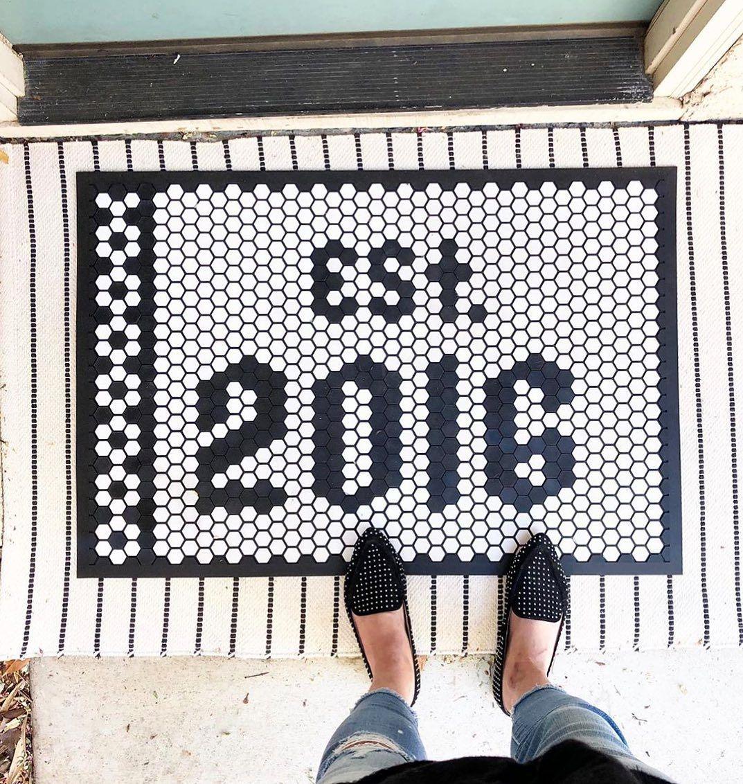 hexagon pattern black and white tiles