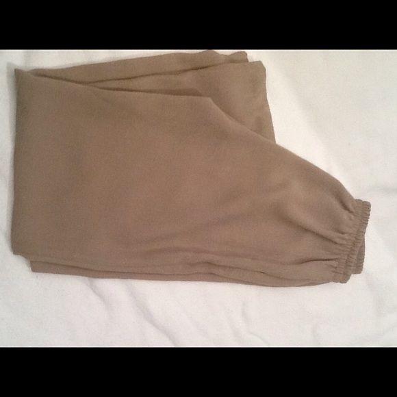Nino Wong California fully lined tan pants. Nino Wong California tan fully lined elastic waist pants. Nino wong california Pants Straight Leg