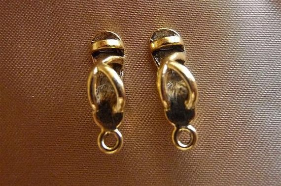 Charm Antiqued Gold Pewter 20x6mm Sandal Pkg Of 4 by darlamarie23, $2.50