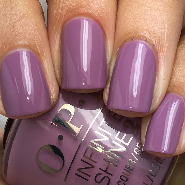 Nadia shares this frosty purple mani using her gifted ...
