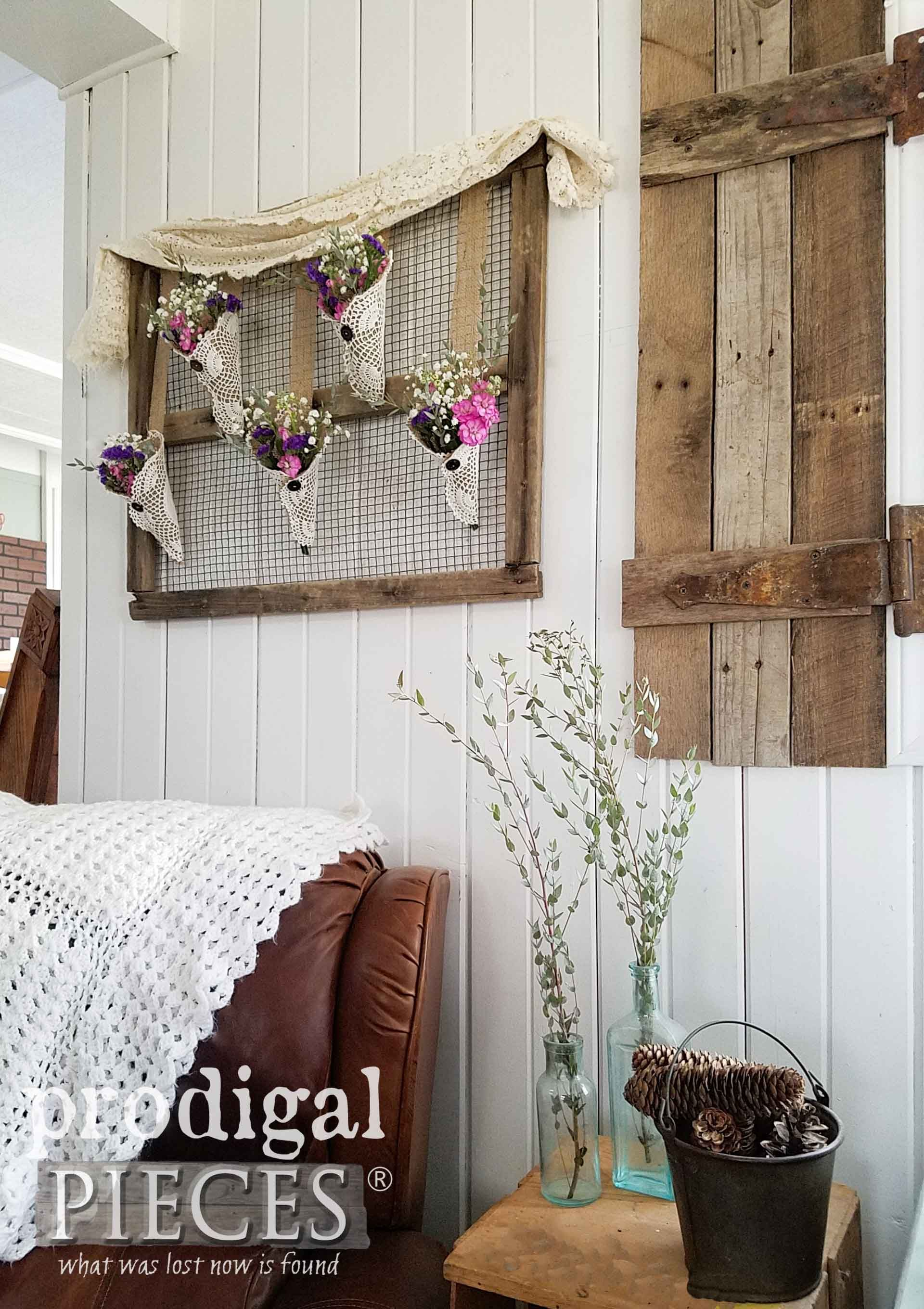 Rustic Farmhouse Wall Art From Flea Market Finds