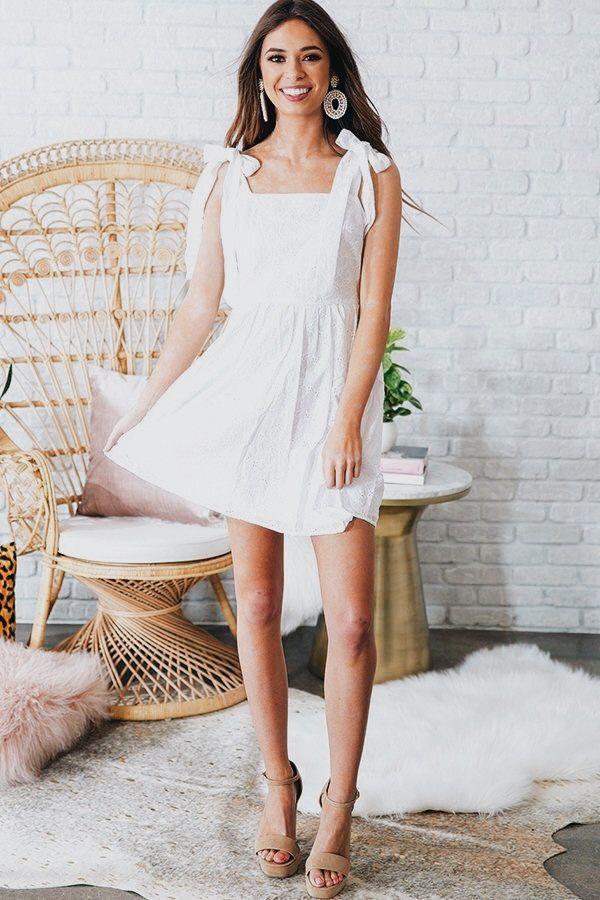 536b20d89886 Pin by Gabriela Gonzalez on clothing | Dresses, Fashion, Eyelet dress