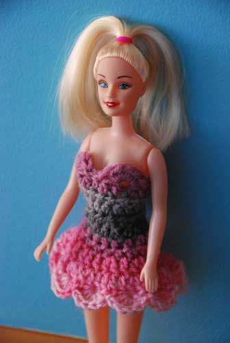 11 Free Patterns for your Fashion Doll - The Crochet Crowd | Barbie ...