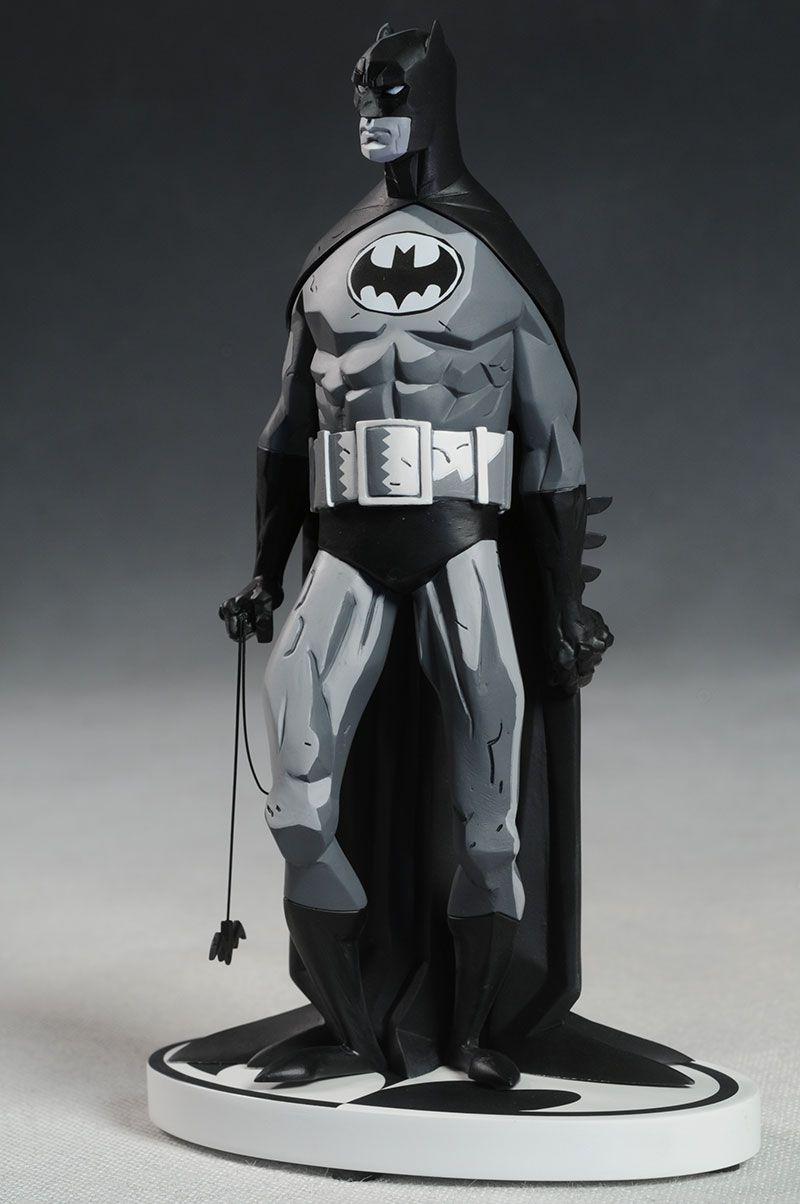 Mike Mignola Batman Black & White statue by DC Direct