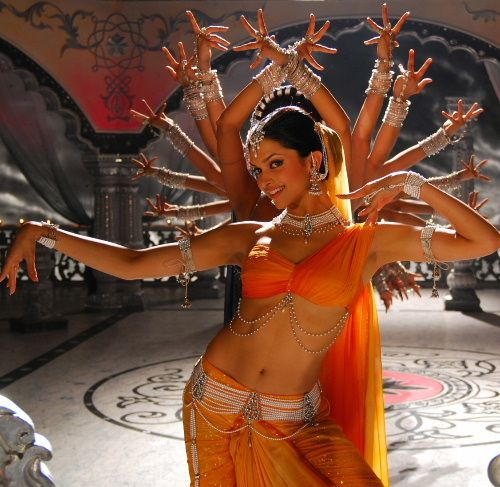 Pin By A L Christensen On Bollywood Jolly Good Bollywood Dance Indian Dance Bollywood