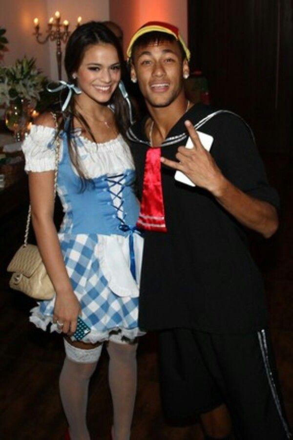 Bruna Marquezine and Neymar Jr. got back together in 2014