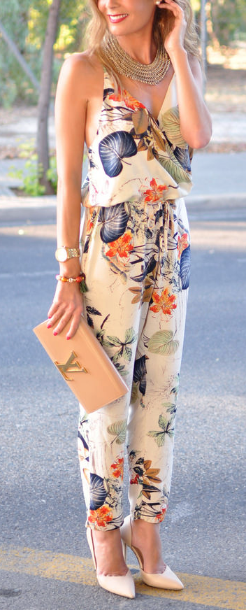 7148fa25c67 Cute floral jumpsuit