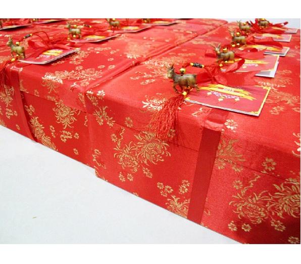 Christmas / Eid Mubarak / Chinese New Year hampers by