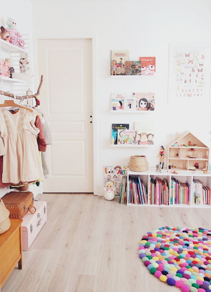 Carpet, IKEA shelf in white, wooden doll house for pegs ...