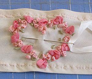 Tutorial: Silk ribbon rose embroidery