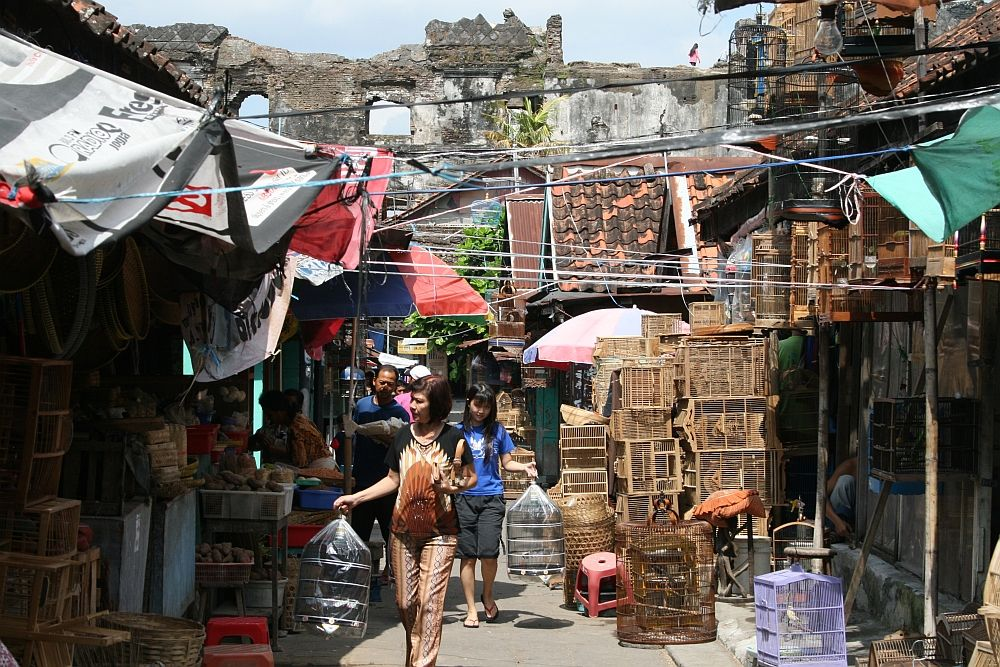 Image result for pasar ngasem