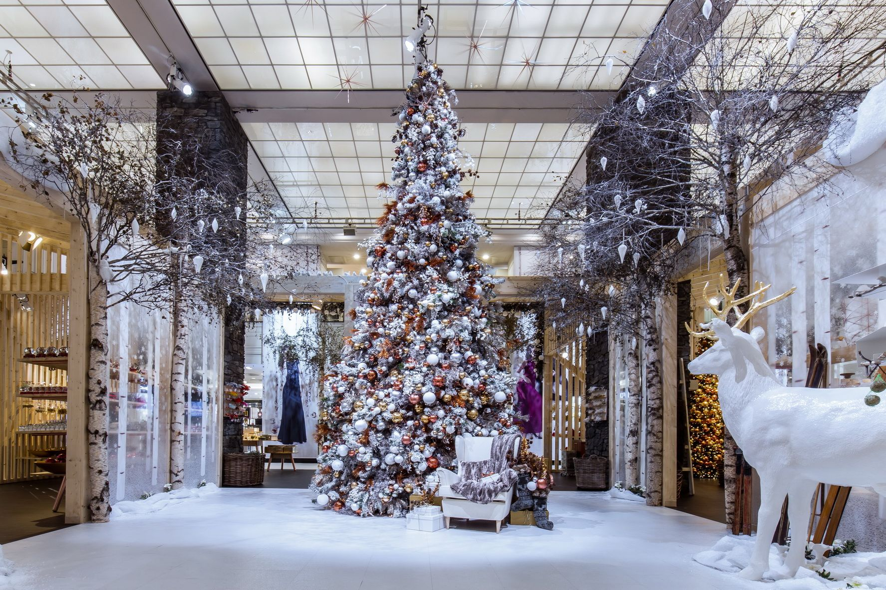 atrium kadewe berlin 2000 2019 christmas christmas. Black Bedroom Furniture Sets. Home Design Ideas