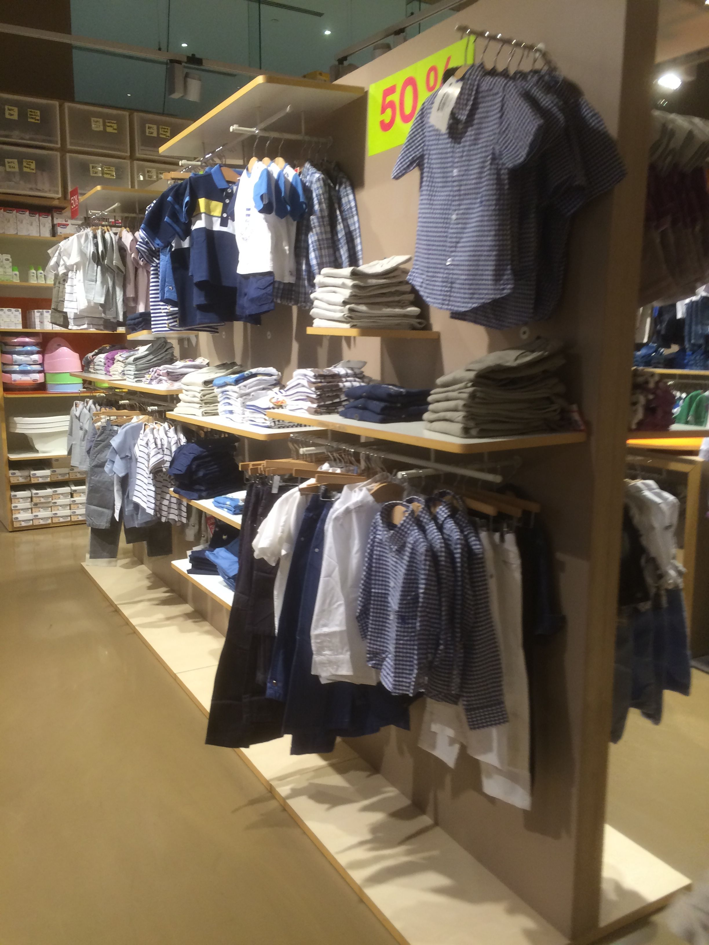 e61ef59df8c46 Chicco - UAE - Dubai Mall - Dubai - Baby - Layout - Landscape - Lifestyle