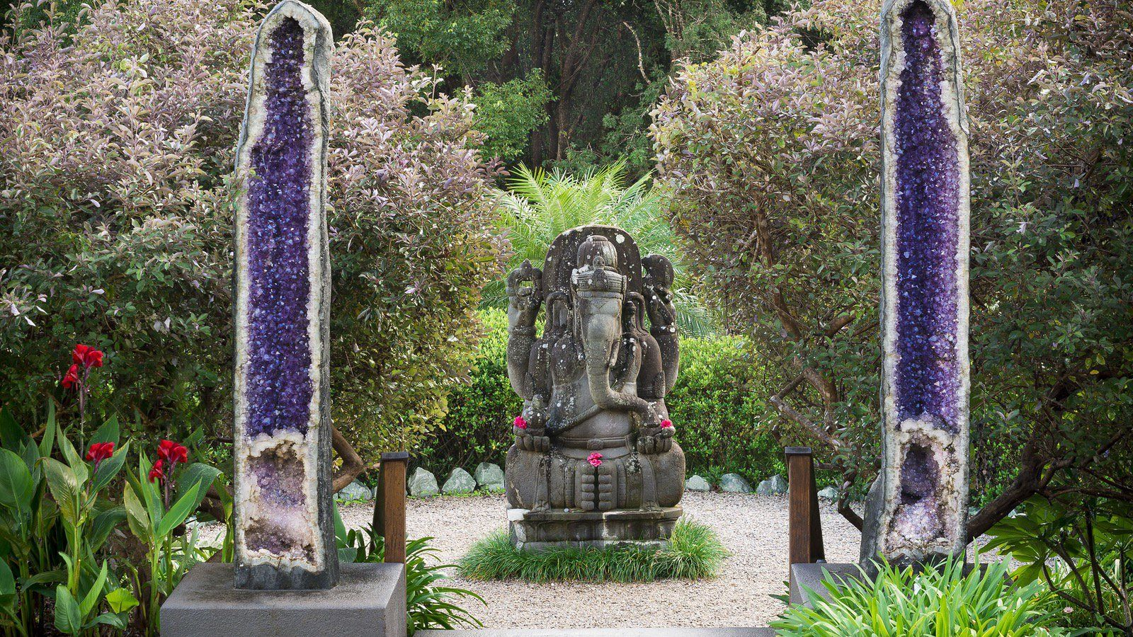 Ganesh And Amethyst Geodes At Crystal Castle And Shambhala Gardens A Short Scenic Journey Into Byron S Hinterlan Crystal Castle Giant Crystal Magical Places