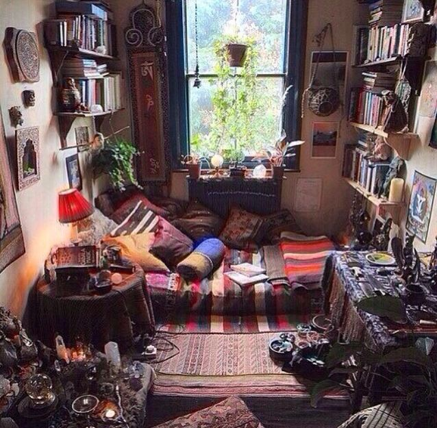Hippie Home Decorating Ideas: Amazing, Hippie Room. Cluttered But Cozy, And Cute
