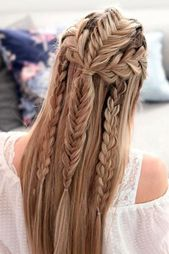 55 Simple women haircuts for dazzling hairstyles#nailsaddict #nail2inspire #nailsofinstagram #nailpro #nails4today #styles #longhairstyles #locstyles #kidshairstyles #outfitsociety #outfitstyle #braidedhairstyles #crochethairstyles #garden_styles #gardenwedding
