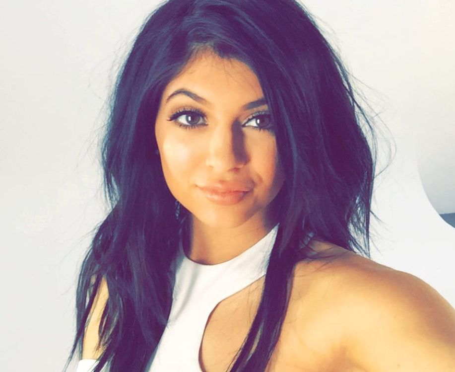 What does Kylie Jenner singing voice sound like?