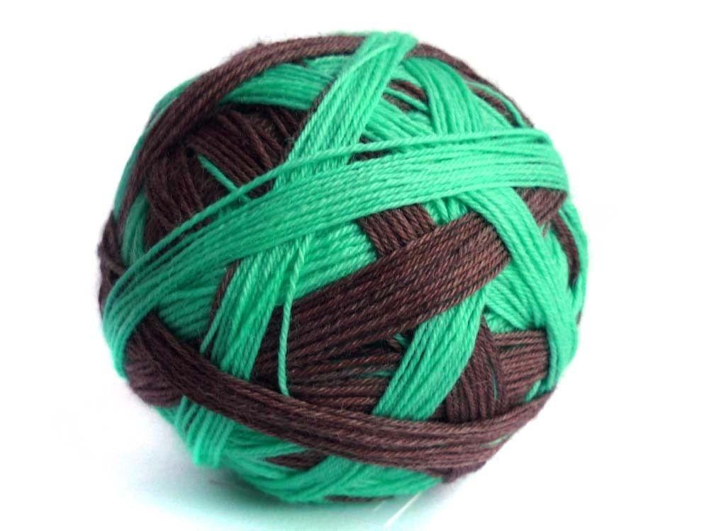Tangy Self-Striping Sock Yarn in Choco-Mint