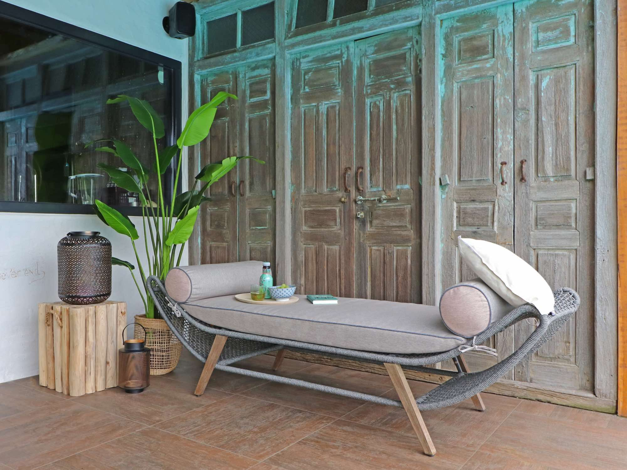 Luxe ligbed voor in de tuin. ibiza style garden tuinmeubelen