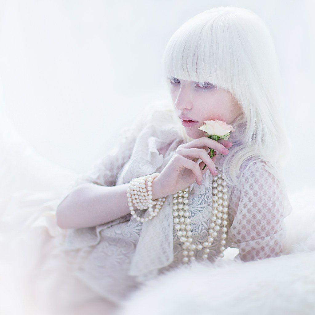 Nastya Kiki Zhidkova -- Albino - Beauty - Portrait - Photography
