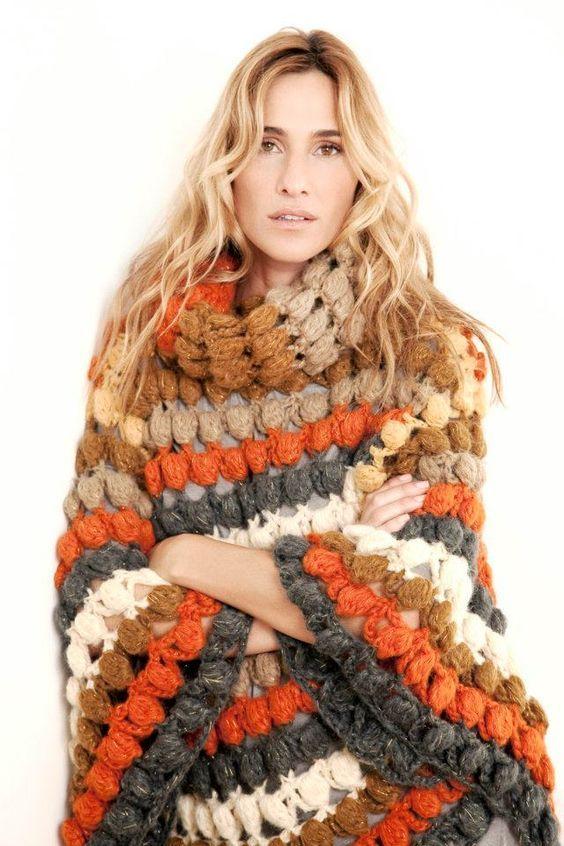María Cielo: Poncho crochet 2016                                                                                                                                                                                 Más #ponchoscrochet