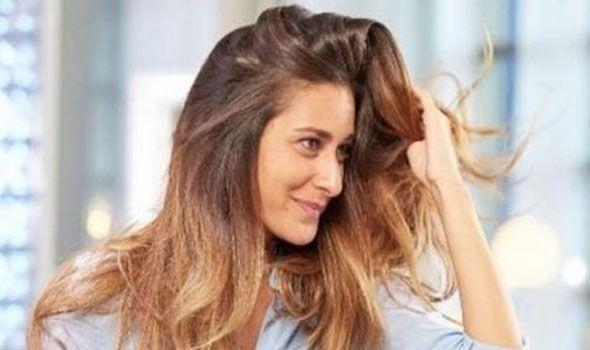 الفنانة أمينة خليل تبدي سعادتها بنجاح الخلية مع أحمد عز كشفت الفنانة الشابة أمينة خليل عن سعادتها بخوضها موسم عيد الأضح Hair Styles Long Hair Styles Beauty