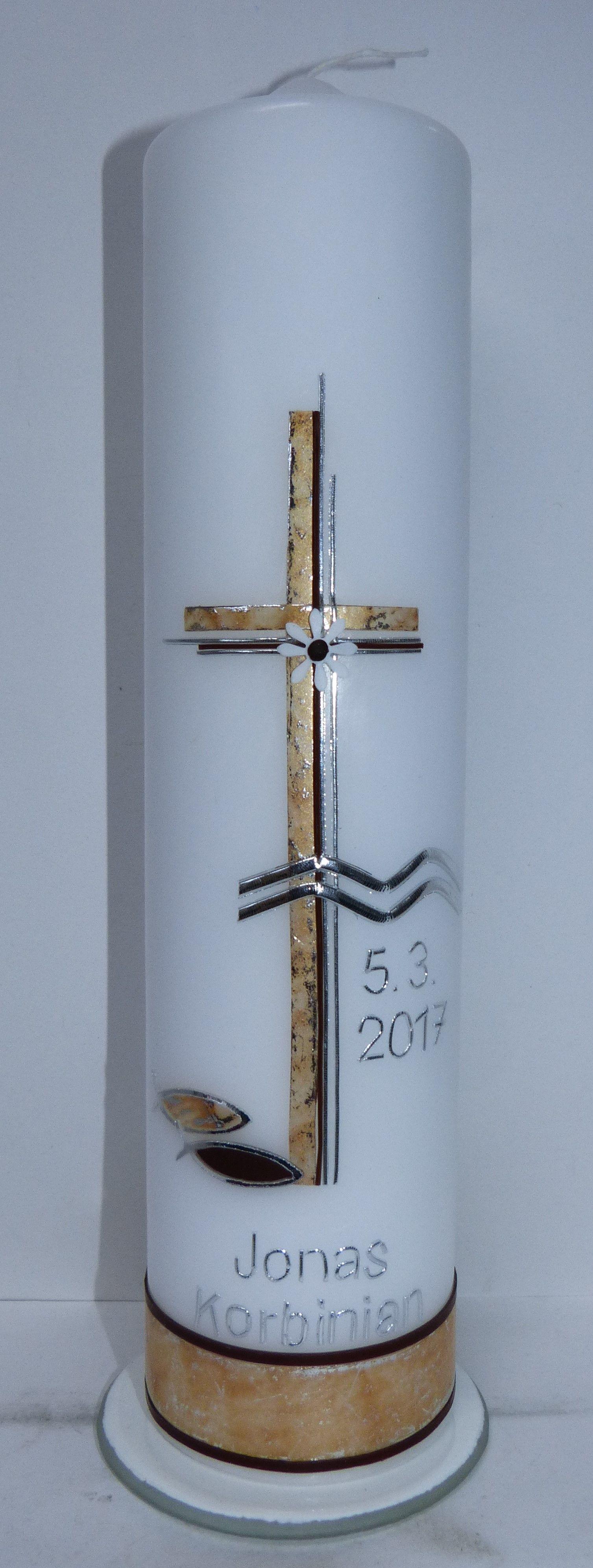 Taufkerzevon mac-kunst in silber mit braun und Wachsplatte aus eigener Herstellung