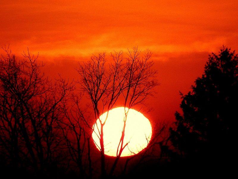 صور شروق الشمس احلي صور وخلفيات للشروق ميكساتك Celestial Celestial Bodies Outdoor