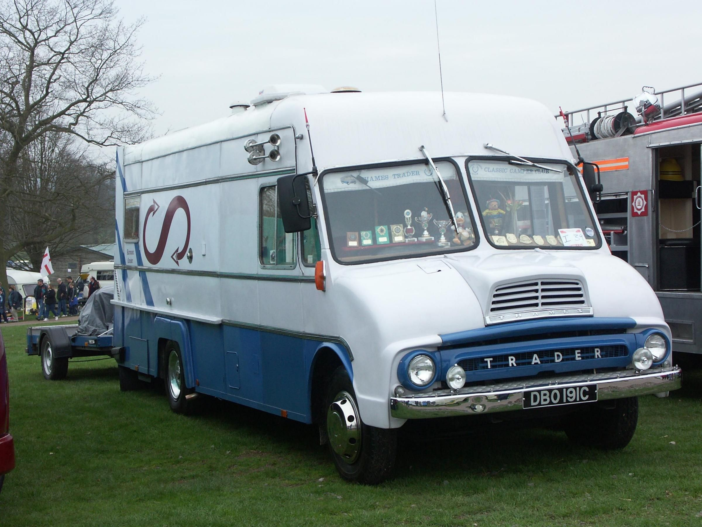 Thames | Vintage Trucks | Pinterest | Ford, Ford trucks and Vintage ...