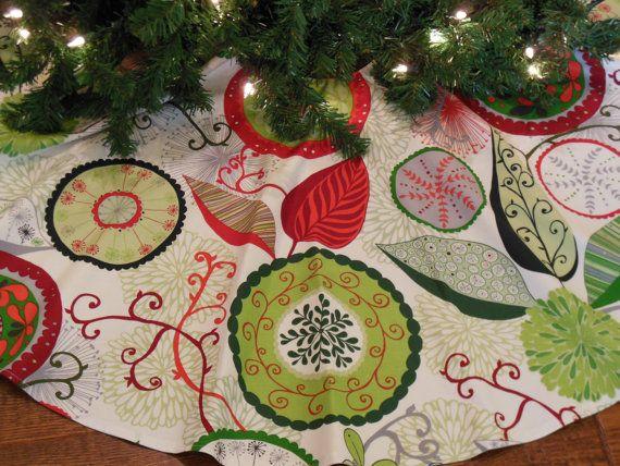 Christmas Tree Skirt, Contemporary Tree Skirt, Boho Tree Skirt, Red
