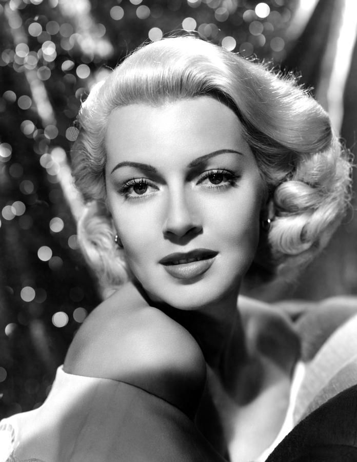 Lana Turner, Mgm, 1941 in 2019 | Golden-era Hollywood ...