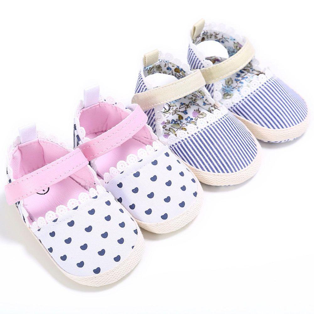 Baby Girl Heart Stripe Print Shoes