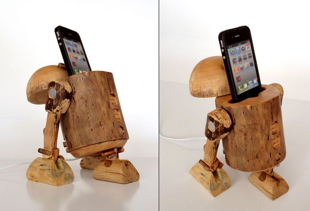 Dock The Jedi Way With The R2-D2 Wooden iPhone Dock   Non