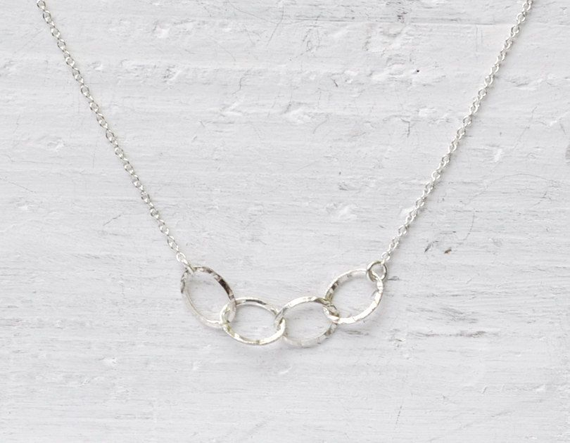 Delicate sterling silver oval links necklace, $24. www.etsy.com