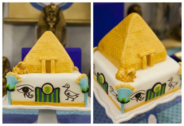 23+ Pyramid Cake Topper