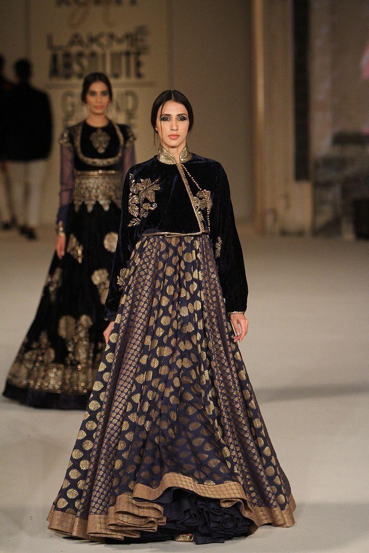 Fashion Indian designer rohit bal bridal wear 2019