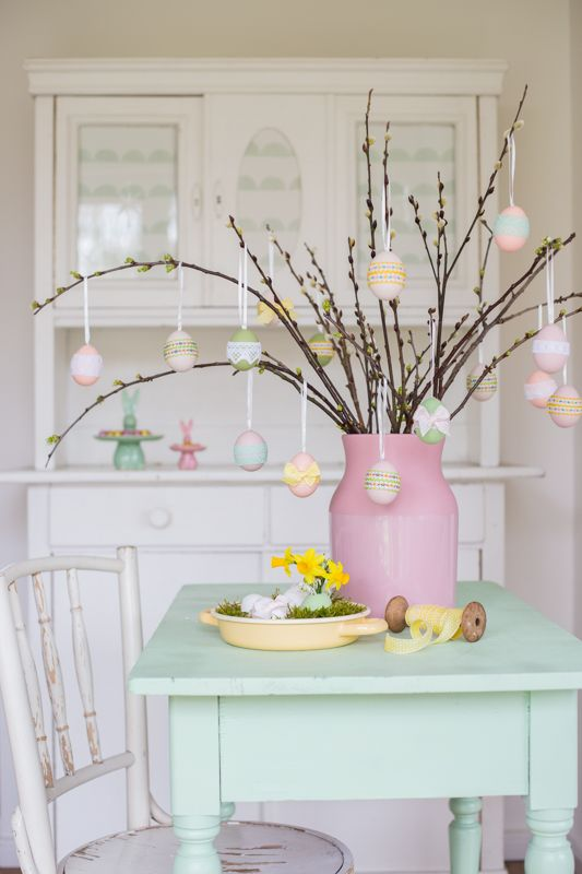 Framing easter eggs with ribbons | Do It Yourself | Pinterest ...