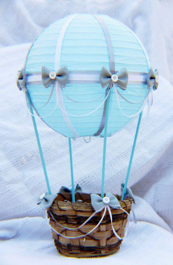 Große Heißluftballon Baby Dusche Herzstück - LICHT BLAU und GRAU