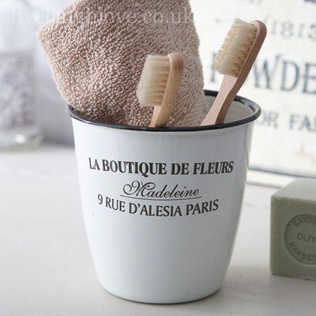 Enamel Pot La Boutique De Fleurs